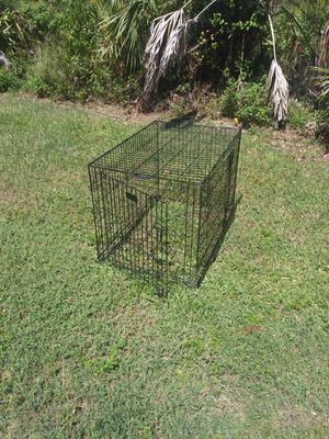 Dog Crate 42 inches × 28 inches for Sale in Coral Gables, FL