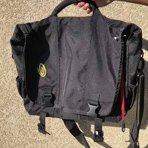 Timbuk2 black messenger bag side backpack travel luggage for Sale in San Mateo, CA