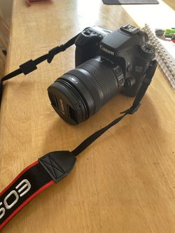 Canon EOS 70D DSLR Camera with 18-135mm lenses kit for Sale in Hartford,  CT