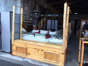 Gorgeous Heavy Duty Knotty Pine Open Display Case - Delivery Available for Sale in Tacoma, WA