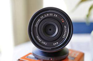 Sony Sonnar T* FE 35mm F2.8 ZA E-Mount Lens for Sale in Bellevue, WA
