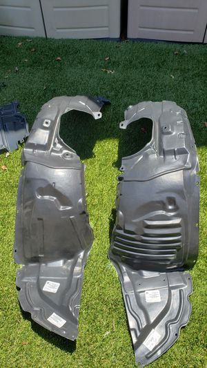 Mazdaspeed3 2010 belly pan and fender liners for Sale in Fountain Valley, CA