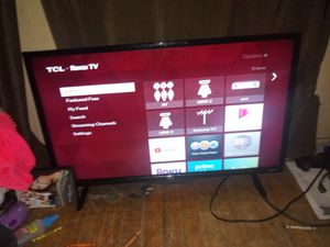 Tcl roku tv 32 in for Sale in Clanton, AL