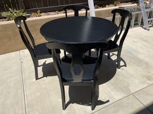 Kitchen table with 4 chairs for Sale in San Marcos, CA