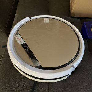 Robot Vacuum/mopping for Sale in Santa Cruz, CA