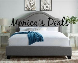 Queen size bed frame $240 for Sale in Compton, CA