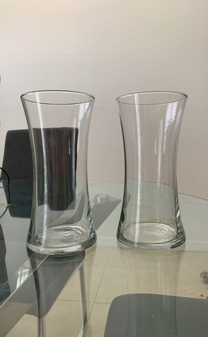 02 flower decor vase for Sale in Windermere, FL