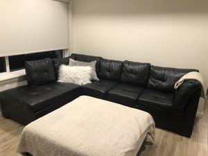 Modern sectional sofa(black) for Sale in Vancouver, WA