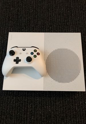 Xbox One S 1 TB for Sale in Bend, OR