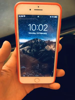 iPhone 8 Plus UNLOCKED 64 GB for Sale in Beaumont, CA