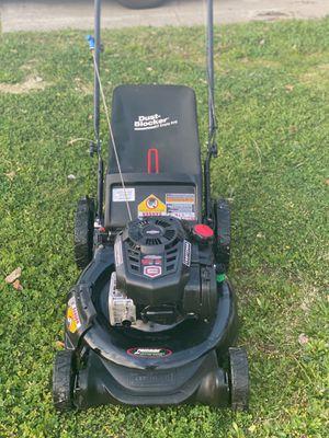 Lawn mower CRAFTSMAN 7.25 HP for Sale in Sacramento, CA