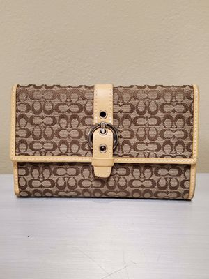 NEW!! GENUINE COACH WALLET - firm price. for Sale in Arlington, VA