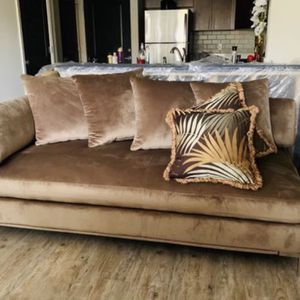 American Signature Moda Sofa for Sale in Marietta, GA