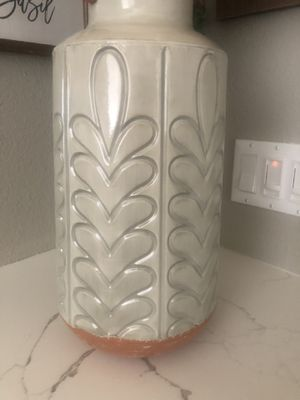 New Flower Vase 16 x 8in for Sale in Rancho Cucamonga, CA