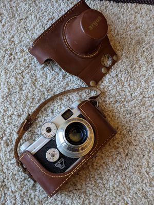 Vintage Camera Argus C-Four 35mm Rangefinder Camera With 50mm f2.8 Cintar Lens and Case for Sale in Valencia, CA