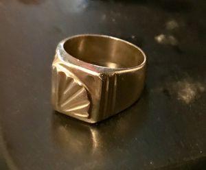 18k gold ring 17.3 grams $400 for Sale in San Francisco, CA