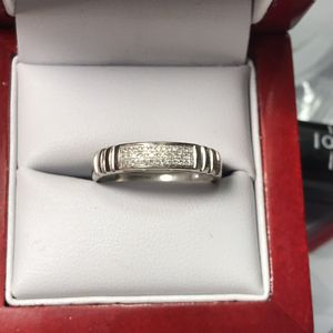 10k white gold natural diamond ring bens size 10 for Sale in Baltimore, MD