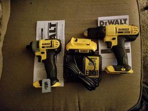 DeWalt drill set for Sale in DeKalb, IL