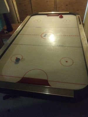 Air hockey table for Sale in Detroit, MI
