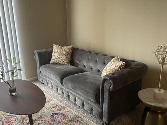 Small Gray Chesterfield Couch for Sale in St. Petersburg,  FL