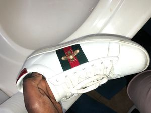 Size 9 Gucci shoes for Sale in Alexandria, VA
