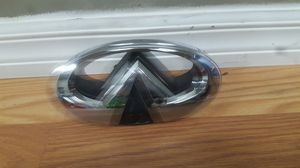 2014-2017 Infiniti Q50 Front Chrome Emblem OEM Used for Sale in Wilmington, CA