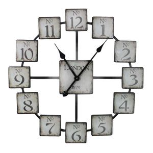 BENJARA CLASSIC AND UNIQUELY DESIGNED BLACK AND WHITE METAL WALL CLOCK for Sale in Dallas, TX