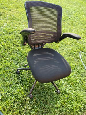 Office depot computer chair for Sale in Des Plaines, IL