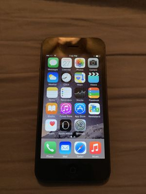 Black iPhone 5 for Sale in Lawrenceville, GA