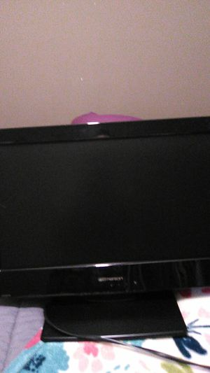 Emerson 17 in w/ built-in DVD player for Sale in Fort Walton Beach, FL