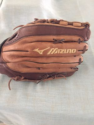 Mizuno GFE1301, LHG 13 in for Sale in Broomfield, CO