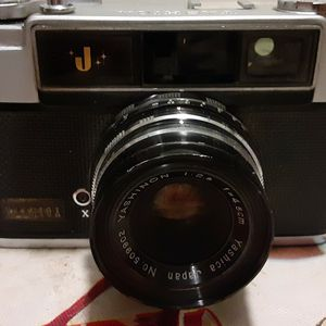 Yashica Camera for Sale in Fresno, CA