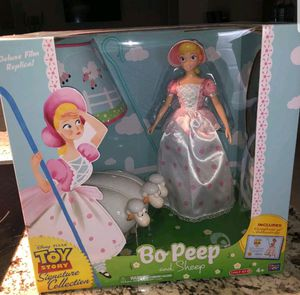 Bo Peep And Sheep Toy Story Signature Collection Deluxe Film Includes Certificate for Sale in Fontana, CA