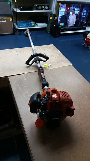 Echo SRM-225 Gas Powered Weed Eater for Sale in Fort Lauderdale, FL