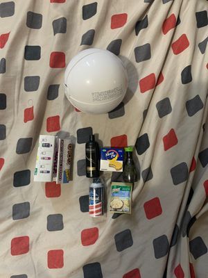 5 mini brands toys plus ball and manual for Sale in Hollywood, FL