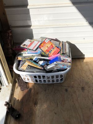 All kinds of movies for sell no returns for Sale in Fulton, MO