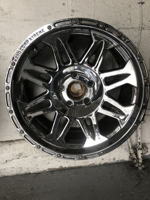 "18"" chrome rims for Jeep / SUV for Sale in Portland, OR"