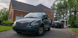 2006 Chrysler town and country Touring for Sale in Centreville, VA