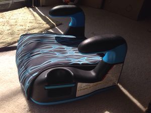 Graco booster car seat for Sale in Alexandria, VA