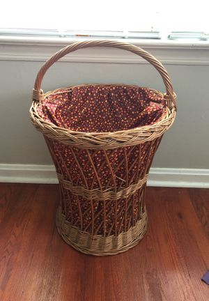 Wicker storage. for Sale in Affton, MO