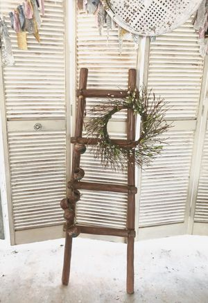 Decorative ladder, comes with decorative terra cotta pots for Sale in New Port Richey, FL