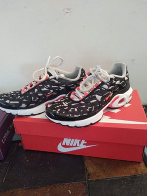 Nike airmax plus size 6 for Sale in Williamsport, PA