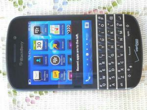 Blackberry Q10 Verizon/T-Mobile/Cricket/AT&T/Metropcs Phone New Without Box Clear ESN for Sale in Glendale, AZ