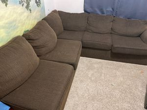 FREE 3 Piece Sectional Couch - FREE for Sale in Laveen Village, AZ