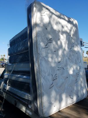 Pillow Top Mattress for Sale in Compton, CA