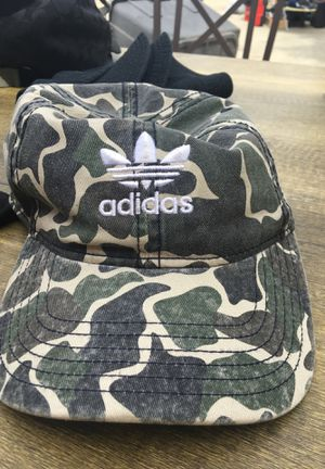 Adidas camo hat for Sale in Lakewood, CA