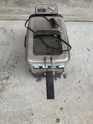 Tlac Fryer in good working condition needs to be cleaned for Sale in Palm Harbor, FL