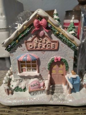 """Hawthorn village precious moments""""Holly-Day greetings post office"""" for Sale in North Miami Beach, FL"""