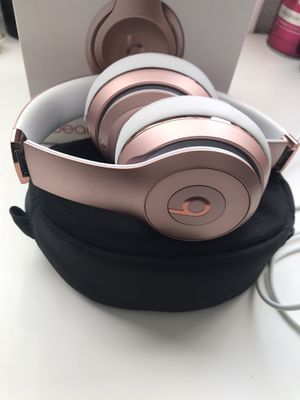 """Beats Solo3 Wireless """"Special Edition Rose Gold"""" for Sale in West Covina, CA"""