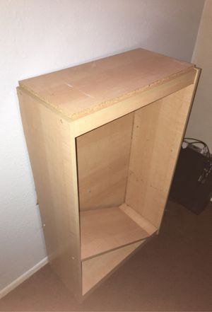Wooden shelf, shelves need to be fixed but other than that great condition. for Sale in Glendale, AZ